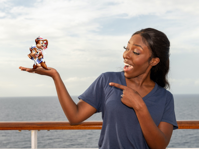 Disney Cruise Magic Shots Add Mickey, Minnie, and More to Your Photo Memories