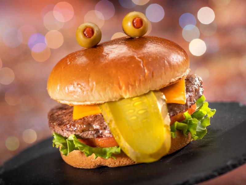 disney-world-toad-burger_featured_disney