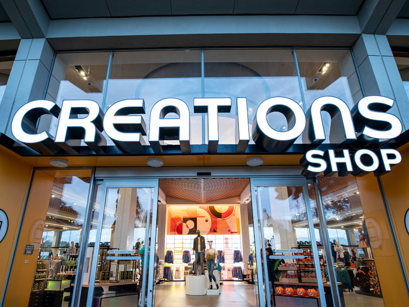 BREAKING: The EPCOT Creations Shop Is Open for Business