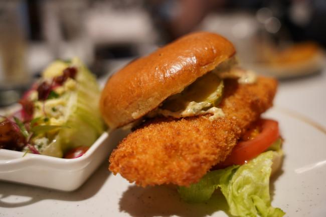 fish-sandwich_review-steakhouse-71-menu_shuster