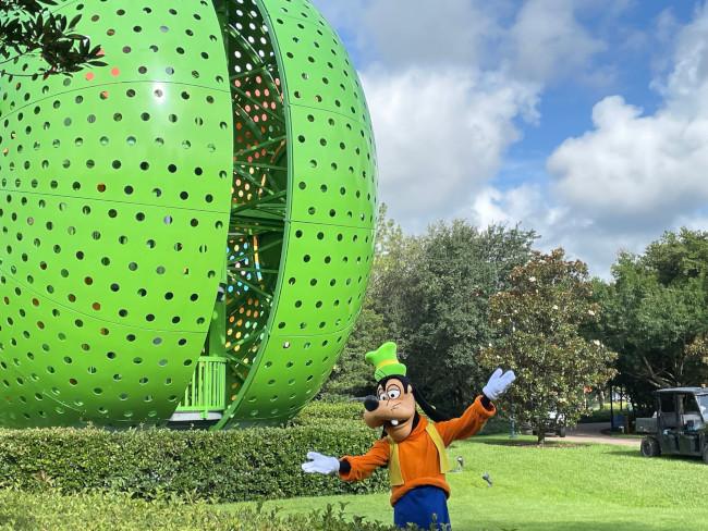 goofy-at-pop-century-resort_moore