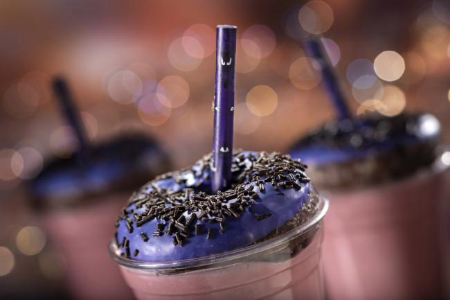 happy-haunts-milkshake_walt-disney-world-50th-anniversary-meny_food-and-drink_disney