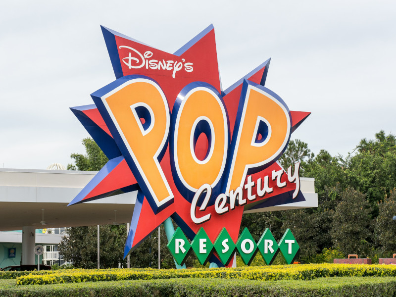 reasons-to-stay-at-pop-century-resort_featured_sapp
