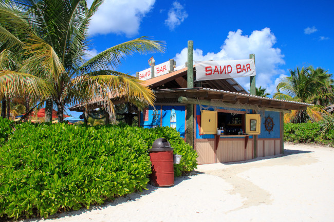 sand-bar_eat-and-drink-at-castaway-cay_smith