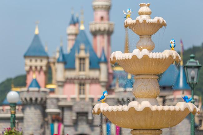 sleeping-beauty-castle_hong-kong-disneyland_shih