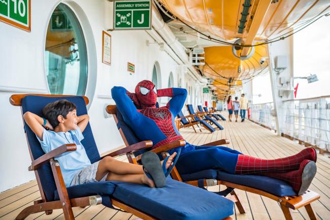spiderman_marvel-day-at-sea-disney-cruise_disney