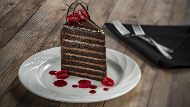 steakhouse-71-menus_dessert_chocolate-cake_disney