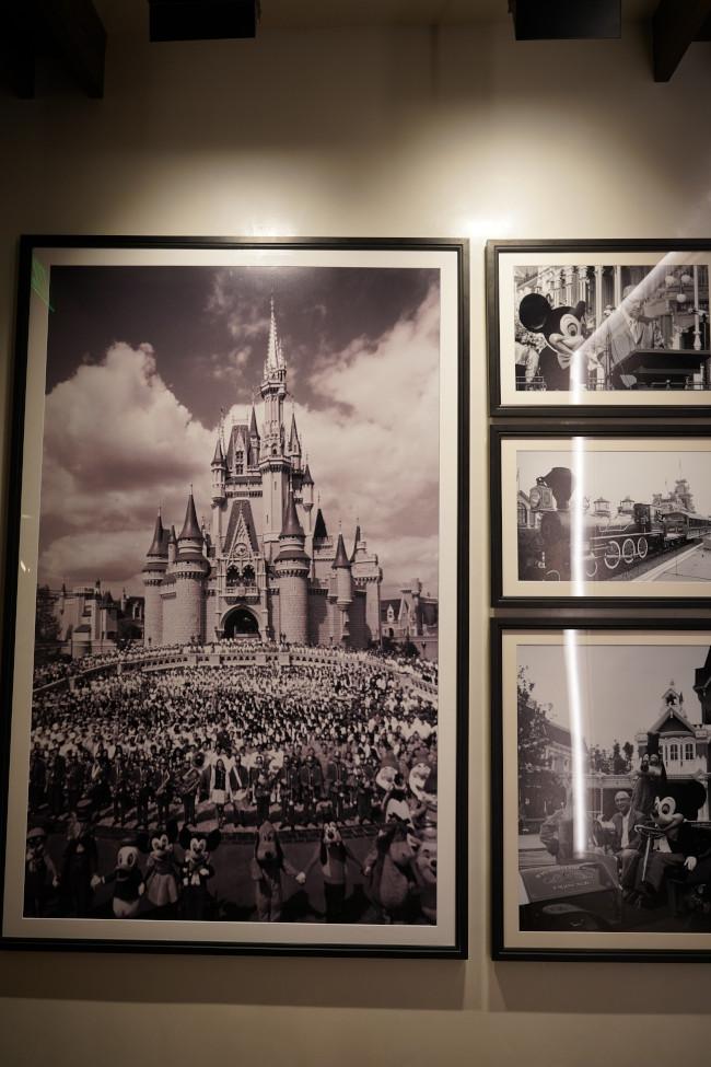 vintage-magic-kingdom-photos_steakhouse-71-interior_shuster