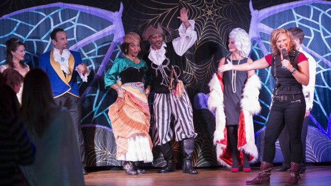 adults-only-party_halloween-on-the-high-seas-adults-only-party_halloween-on-the-high-seas-activities_dpbactivities_dpb