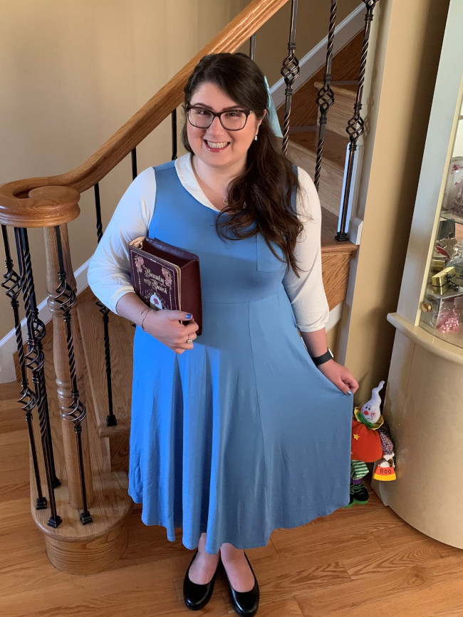 belle-costume_beauty-and-the-beast_what-to-pack-for-halloween-on-the-high-seas-disney-cruise_marrazzo