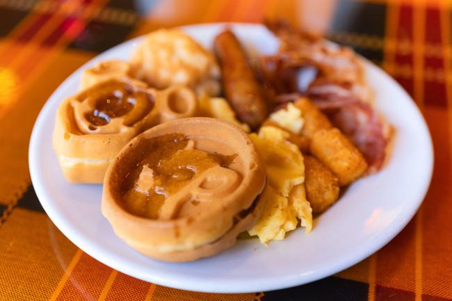 boma-breakfast_review-of-boma-animal-kingdom-lodge_ramos