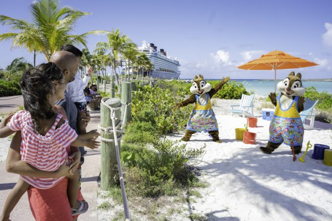 chip-and-dale-castaway-cay-disney-cruise-entertainment-dream-wish_disney-parks-blog