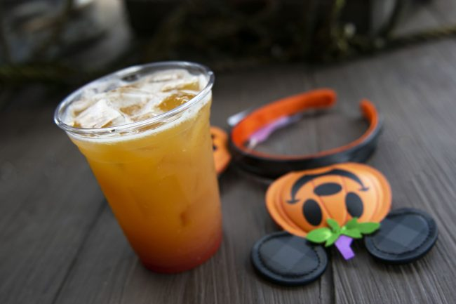 2021-disney-springs-halloween-snacks-and-sips-dockside-margaritas-jack-o-lantern_disney-parks-blog