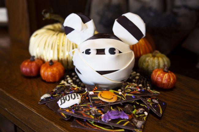 disney-springs-halloween-food-and-drinks-2021-the-ganachery-mickey-mummy-pinata_disney-parks-blog