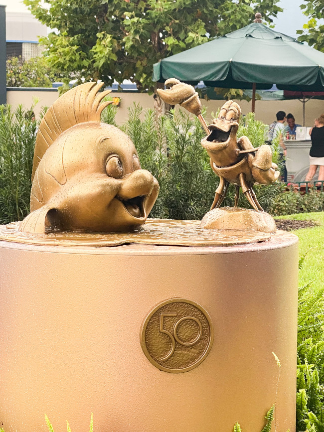flounder-and-sebastian_where-to-find-disney-fab-50-statues-in-hollywood-studios_robinson