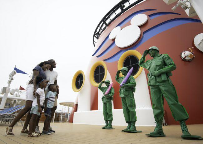 green-army-patrol-upper-decks-disney-cruise-entertainment-dream-wish_disney-parks-blog