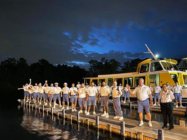 walt-dinsey-world-tradewinds-motor-cruiser-boat-christening-ceremony_disney-parks-blog