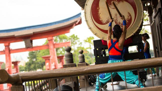 walt-disney-world-resort-epcot-live-entertainment-taiko-drums-japan-matsuriza_disney-parks-blog